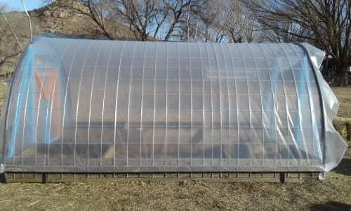 How To Build a Cattle Panel Grow Tunnel – Tales From the Mutiny